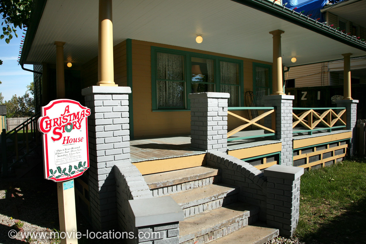 a christmas story location 3159 west 11th street cleveland ohio - Christmas Story House