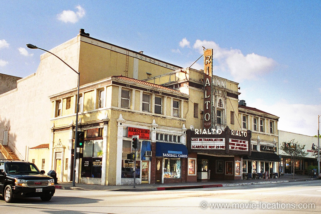 Scream 2 location: The Rialto, South Fair Oaks Avenue, South Pasadena